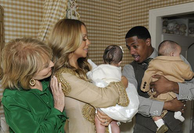 Mariah Carey presenta a sus bebés