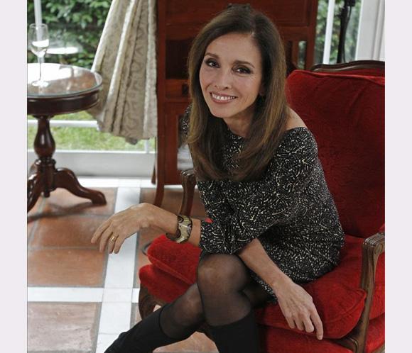 Ana Belén vuelve con nuevo disco y retira a Raphael de la nochebuena
