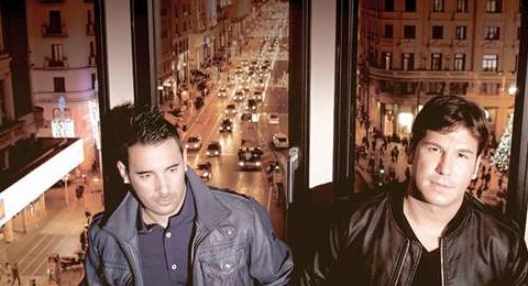 #NovedadTopEuropa – @_AndyyLucas_ vuelven con el primer single #Silencio de su disco de grandes éxitos